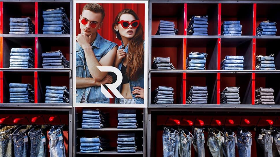 Pannello 1mm in PVC bianco ideale per negozi e messaggi promozionali | tictac.it