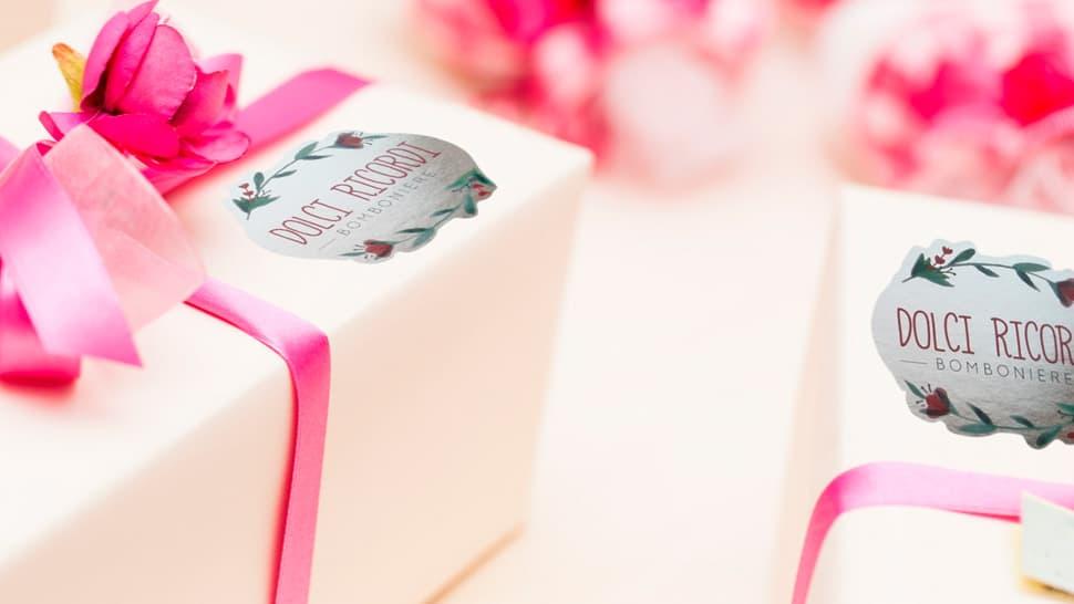 Etichette in bobina personalizzabili in polipropilene argento per articoli regalo e bomboniere | tictac.it