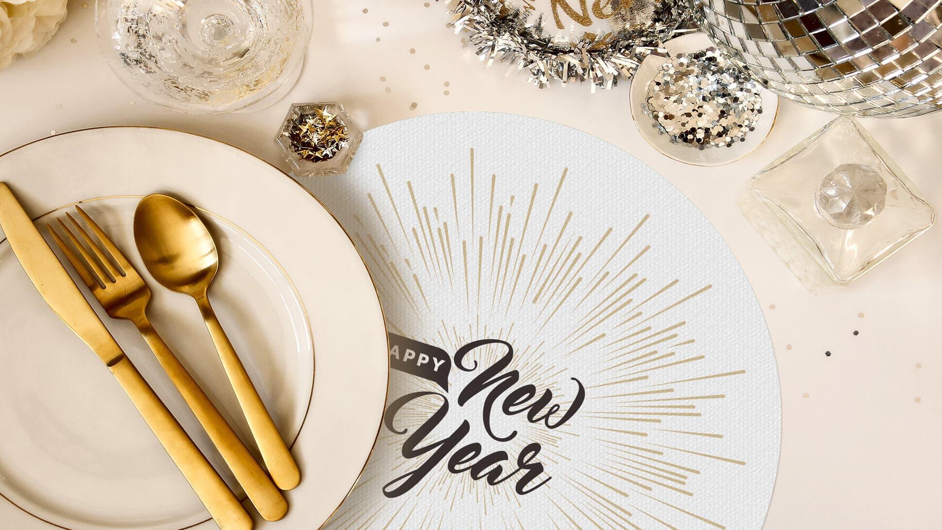 tovaglietta tonda bianca e oro per allestimento tavole Capodanno | tictac.it