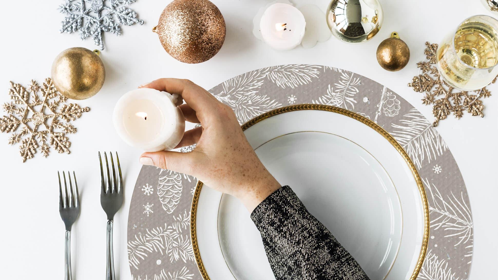 Tovaglietta natalizia minimal per tavole eleganti | tictac.it