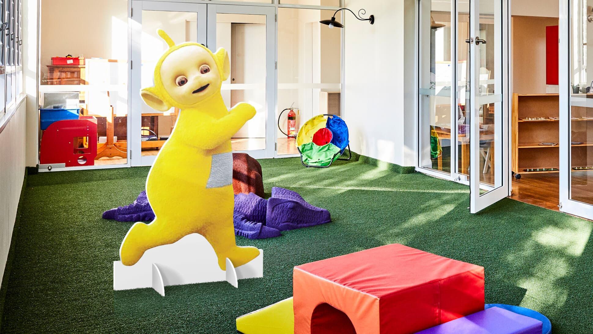 Sagomato bifacciale con cartoni animati per bambini, asili, scuole, cinema e teatro | tictac.it