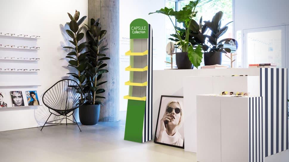 Espositore in cartone verde con 4 ripiani | tictac.it