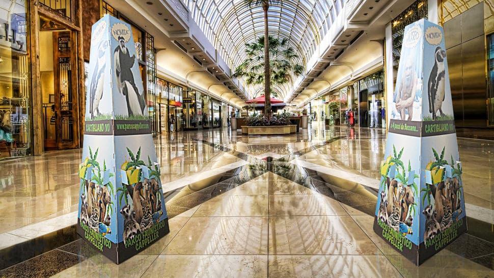 Piramide in cartone per centro commerciale | tictac.it