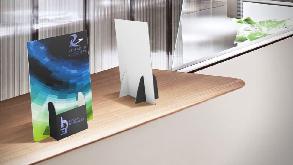 Porta volantini Basic in cartone con tasca al centro ricerca| tictac.it